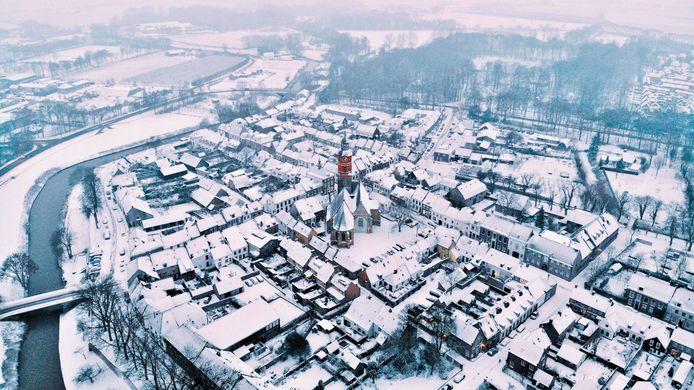Het stadje Buren vanuit de lucht