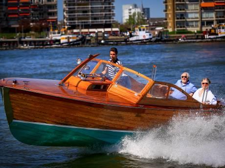 Dordt vanaf het water volop in trek: steeds meer rondvaartbootjes in de binnenstad