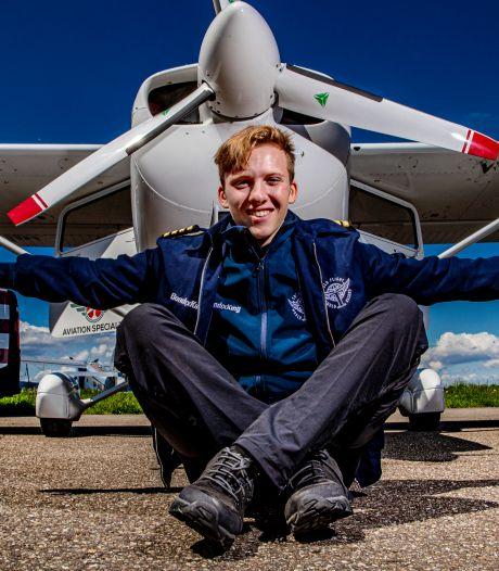 Solovlieger Travis (18) heeft kwart van vlucht rond de wereld er op zitten: 'De Russen zijn supervriendelijk, ook al kan ik ze de meeste tijd helemaal niet verstaan'