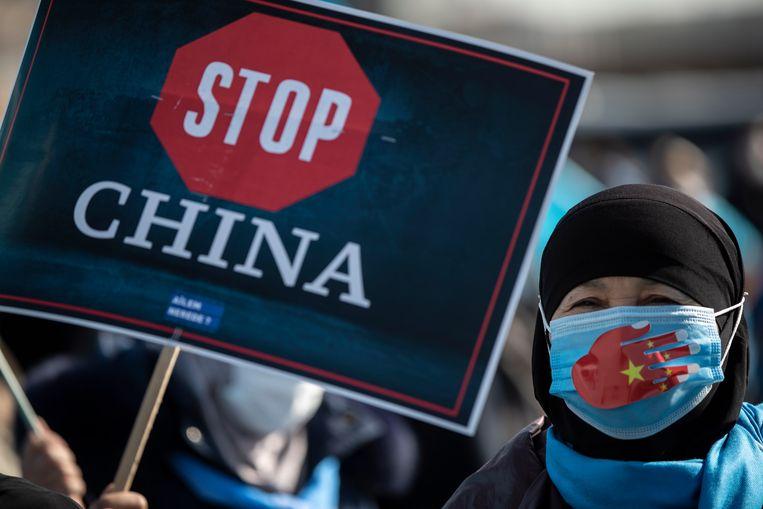 Oeigoeren wereldwijd voeren actie om de situatie in China aan te klagen. Beeld EPA