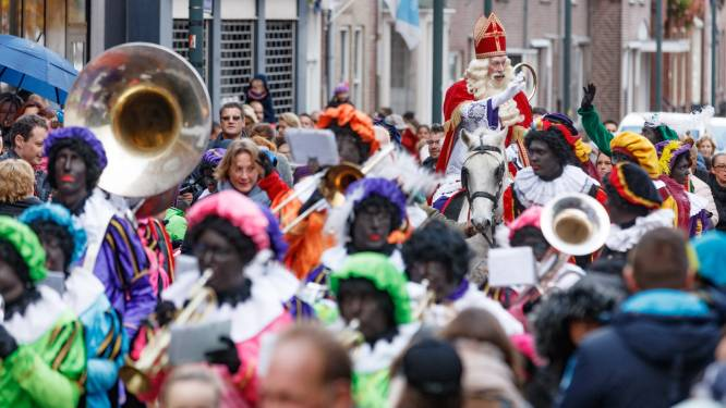 Sinterklaasintochten keren terug, in Moerdijk met meer roetveegpieten: 'We moesten een keer om'