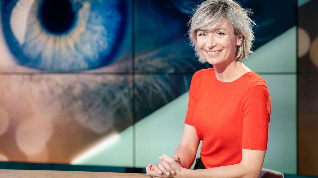 Julie Morelle a quitté le journal télévisé du week-end sur la RTBF après 10 ans de présentation.