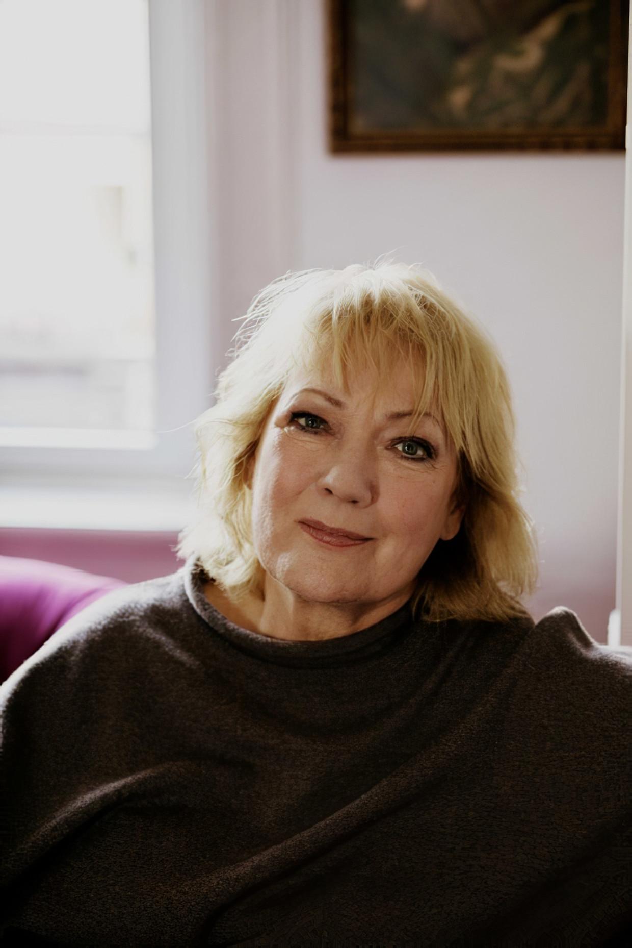 Carmen Korn: 'Ik ben nu wel een oudere vrouw, maar ik geniet van het succes.'
