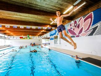 """Zwembad van Beernem sluit definitief na net geen halve eeuw: """"De veiligheid kan niet meer gewaarborgd worden"""""""