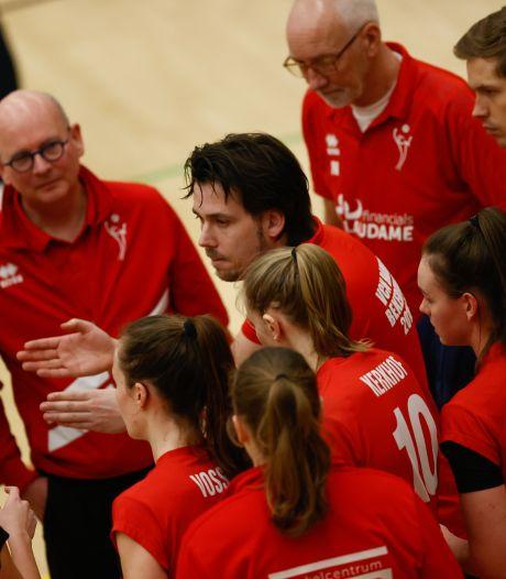 Jonkies van Zeeuwse volleybalcoach verslaan jonkies van Papendal