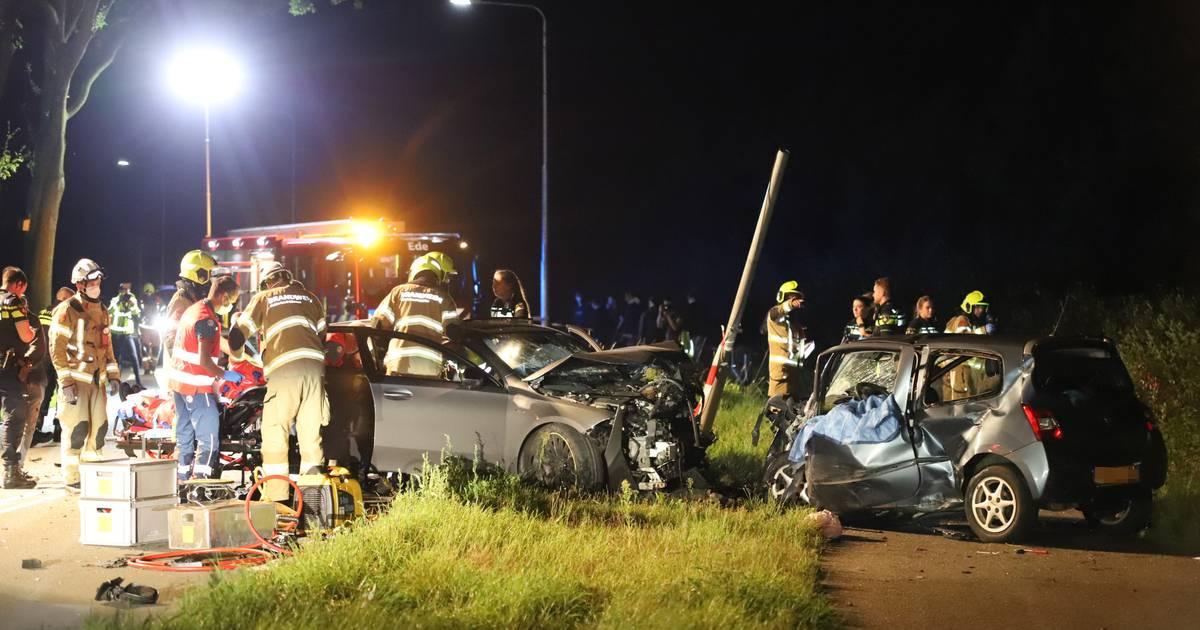 Dodelijk ongeluk Ede: bestuurder opgepakt voor rijden onder invloed, drie vrouwen uit Lunteren gewond.