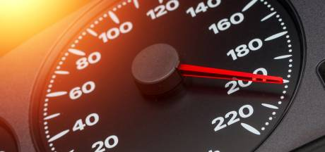 EU-voorstel: al vanaf volgend jaar automatische snelheidsaanpassing in nieuwe auto's