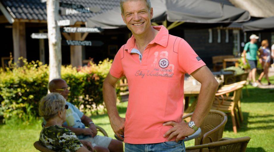 Guus Mulders, eigenaar kanoboerder De Reuselhoeve, zit voor het CDA in de gemeenteraad van Oisterwijk.