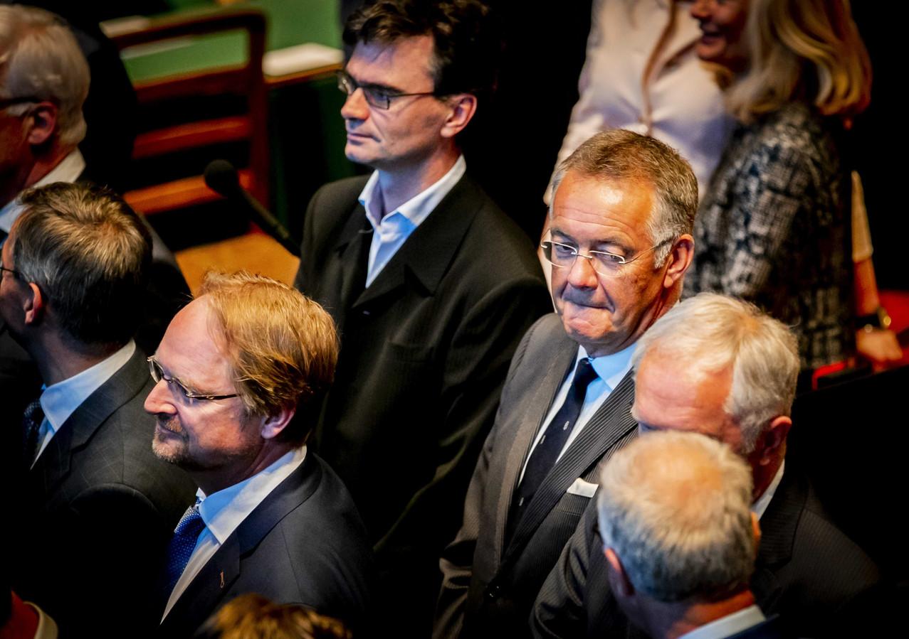 Eerste-Kamerlid Toine Beukering (FvD) tijdens zijn installatie in de nieuwe Eerste Kamer. Met hem stappen nog eens drie senatoren uit de Eerste Kamerfractie van Forum.