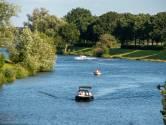 Pleziervaart op rivieren mag weer, zwemmen wordt sterk afgeraden wegens vervuiling van het water