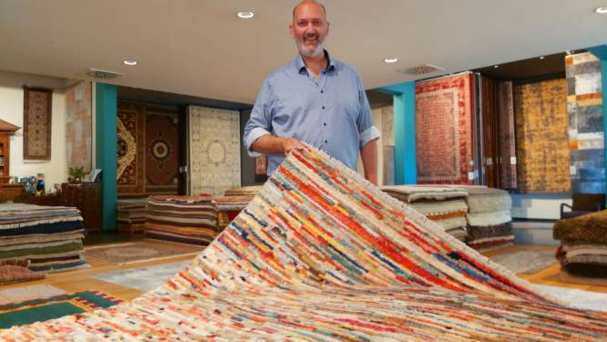 """Tapijten Demuynck wil zaterdag wereldrecord tapijten stapelen vestigen: """"We gaan voor zo'n zes meter hoog"""""""