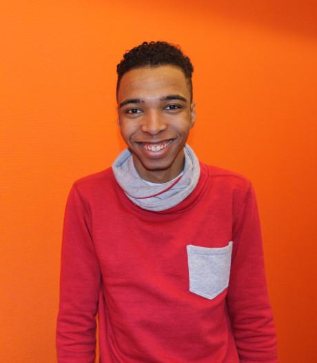 In Amsterdam geboren Daniël (19) dreigt uitgezet te worden, Halsema bekijkt zaak