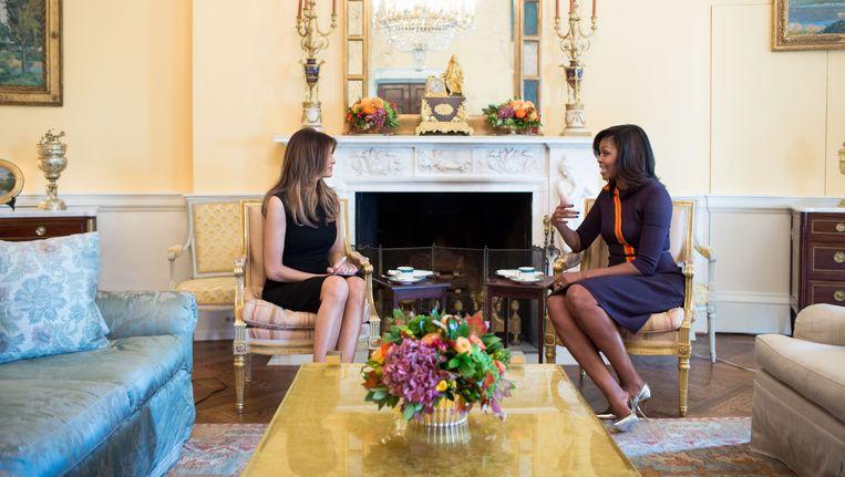 Milania Trump op de thee bij Michelle Obama in het Witte Huis. Beeld photo_news