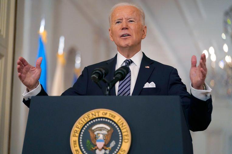 De Amerikaanse president Joe Biden sprak donderdagnacht voor het eerst sinds zijn aantreden op primetime het Amerikaanse volk toe. Beeld AP