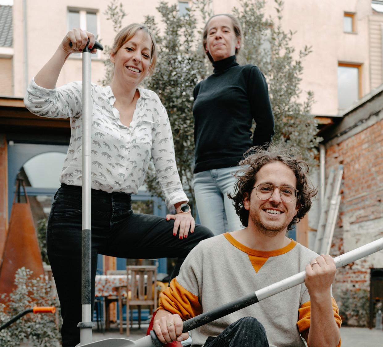 Ajella, Ilona en Jelle De Beule: 'We zijn er voor elkaar.' Beeld Damon De Backer