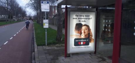 Posters Second Love worden in Rhenen verwijderd na klachten van SGP