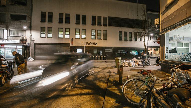 Het politiebureau in de Handel-straat in Antwerpen.