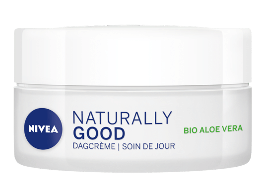 Soin de jour éclat. Pour les peaux normales à mixtes. A l'aloe vera Bio. 8,49 euros - 50 ml.