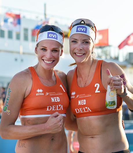 Vrouwenduo's Keizer/Meppelink en Van Gestel/Wesselink verder op EK beachvolleybal