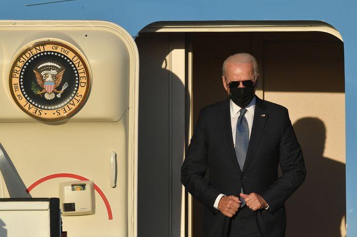 Joe Biden verlaat de Air Force One
