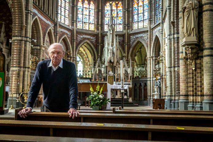 Pastoor Jo van Kessel neemt afscheid na 44 jaar.
