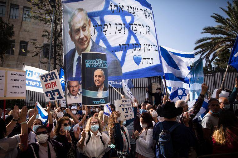 Benjamin 'Koning Bibi' Netanyahu heeft nog steeds een hoop aanhangers in Israël. Beeld Getty Images