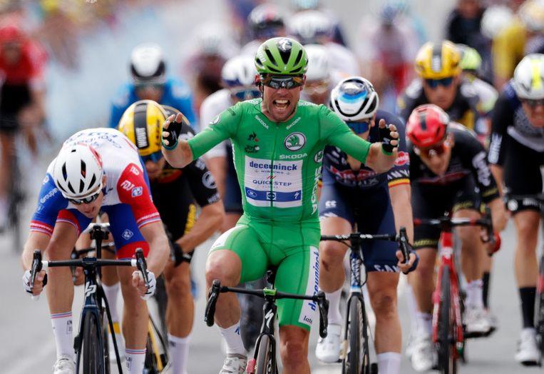 Mark Cavendish heeft de zesde etappe in de Tour de France gewonnen. Beeld Pool via REUTERS