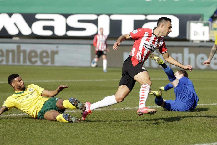 Eran Zahavi was ook tegen Fortuna trefzeker voor PSV.