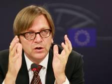 Verhofstadt présente un plan alternatif pour la Grèce