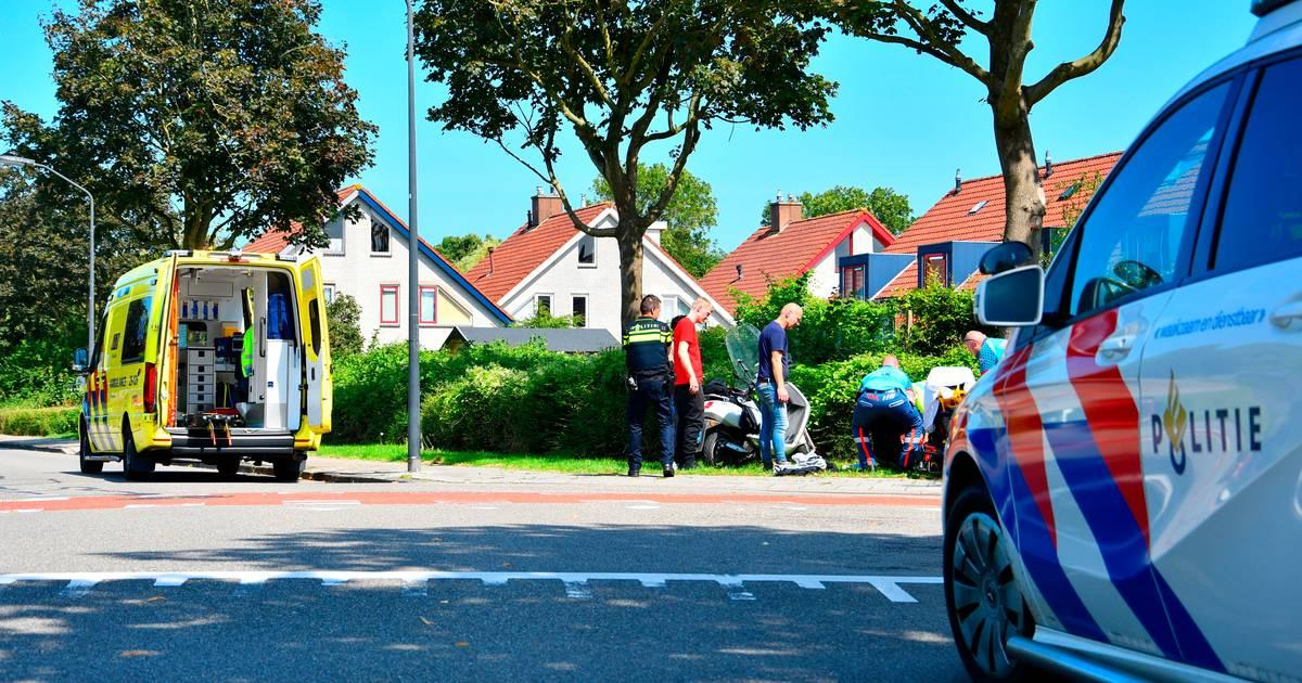 Jongens gewond na botsing met auto in Lelystad.
