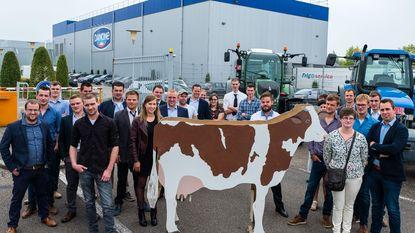 Jonge melkveeboeren ongerust over toekomst met Danone