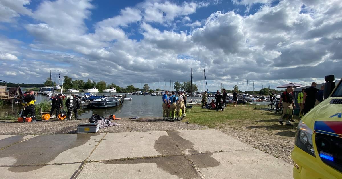 Ongeval met boot op Nuldernauw bij Putten, tenminste één gewonde.
