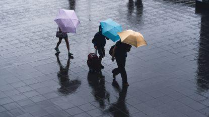 Word je natter van wandelen of rennen in de regen?