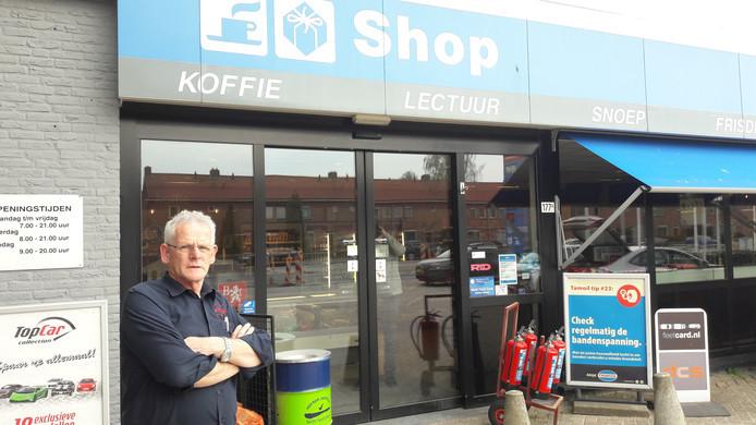 De wanhopige exploitant, René Leijtens, ten tijde van de afsluiting van de Ringbaan-Noord.