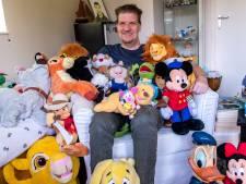 Verzamelaar Ruben (29) heeft álles van Disney: 'Als ik een baaldag heb, zet ik de Lion King op'