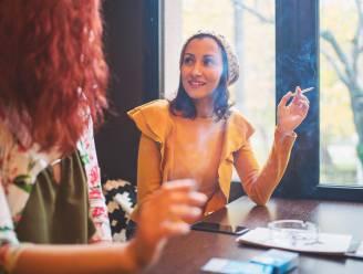 Roken mensen minder als het pakje merkloos is?