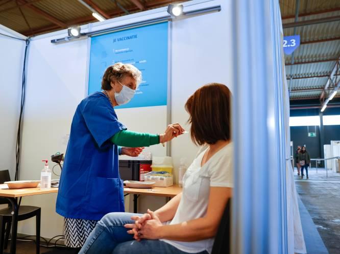 Vaccinaties nemen eindelijk - een beetje - vaart: 35.500 nieuwe prikken, een nieuw record