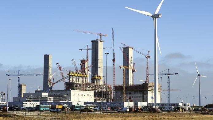 De energiecentrale in aanbouw in de Eemshaven, januari 2011.