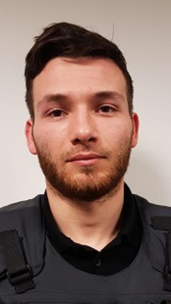 Adrien D., de man die er gisteren met 1 miljoen euro in een geldtransportwagen vandoor ging.