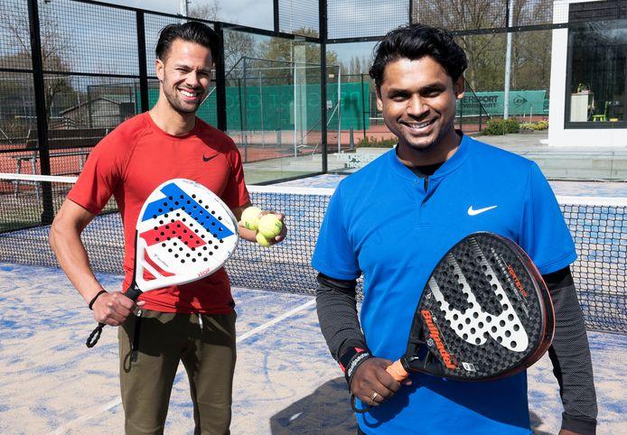 Wesley Quispel (links) en Cromwijck-voorzitter Sunny de Roo zijn groot fan van padel, de snelst groeiende balsport wereldwijd