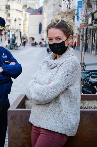 """REPORTAGE. Nieuw Brussels politieteam wil stijgend huiselijk geweld in coronatijden halt toeroepen: """"Slachtoffer mag niet enkel 'nuttig' zijn om dader te vangen"""""""