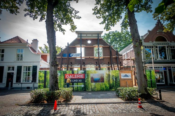 Vorig jaar bleef bij nieuwbouw van De Lind 14 in Oisterwijk de voorgevel staan.