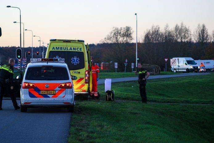 De bouwvakker viel van een betonblok op een bouwplaats in Doesburg.
