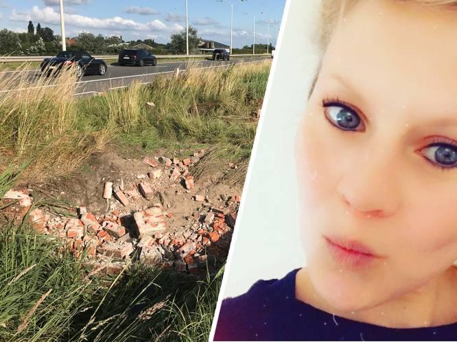 """""""Hij heeft letterlijk met het leven van Zoë gespeeld"""": familie van jonge mama (29) vol onbegrip voor chauffeur die eigen vriendin verliest bij ongeval"""