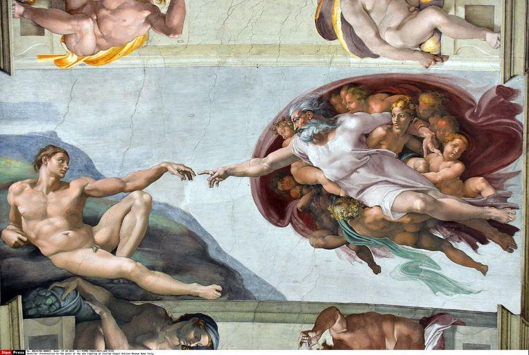 De schepping van Adam van Michelangelo. Beeld HH