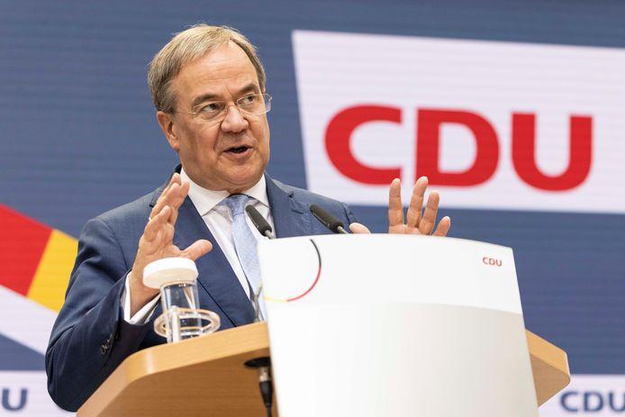 Kanselierskandidaat Armin Laschet (CDU/CSU) tijdens zijn toespraak.