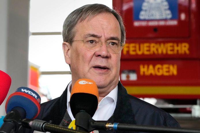 Christendemocratisch kanselierskandidaat Armin Laschet bracht vandaag een bezoek aan de brandweerkazerne van het zwaar getroffen Hagen.