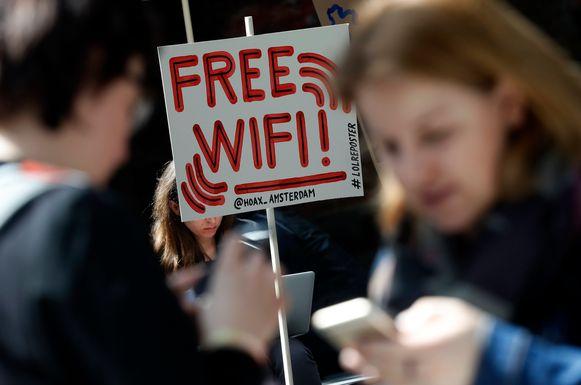 Binnenkort iedereen gratis op het internet.