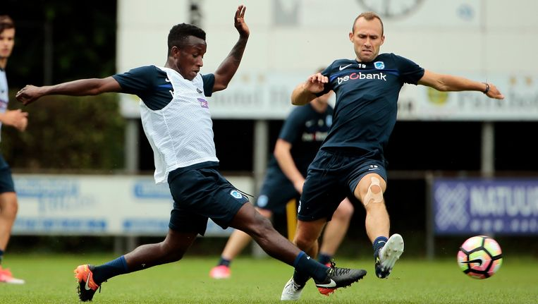 Pierre Desiré Zebli, hier op training met Thomas Buffel.