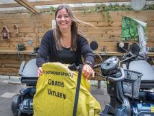 Den Haag is scootmobielen-hoofdstad van Nederland: 'Geweldig dat ze weer even naar buiten kon'